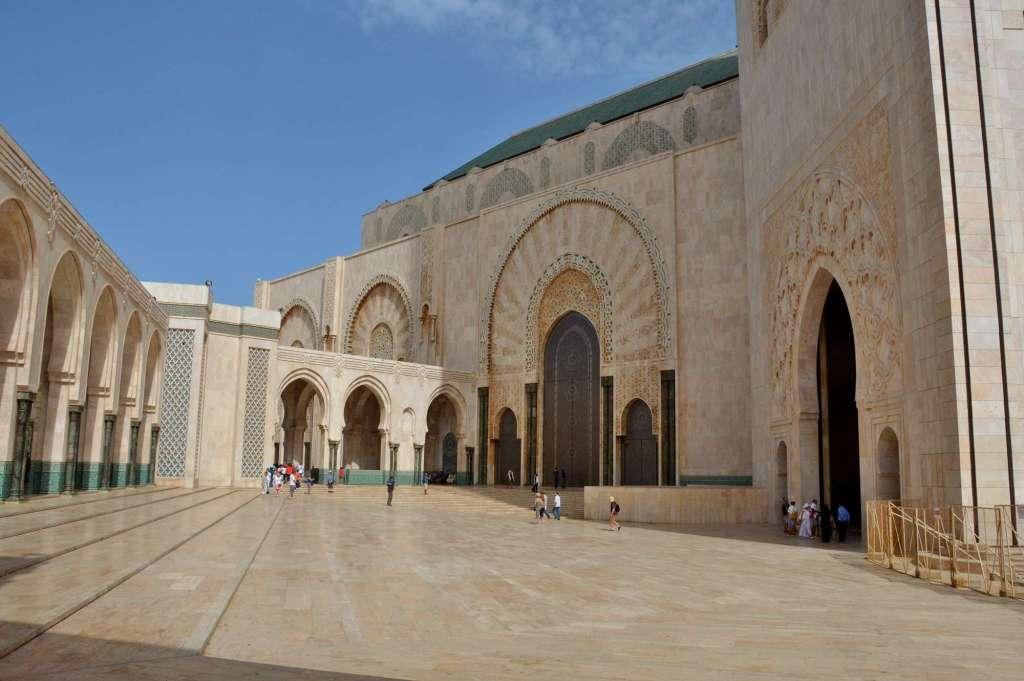 Внутренний двор мечети в Касабланке