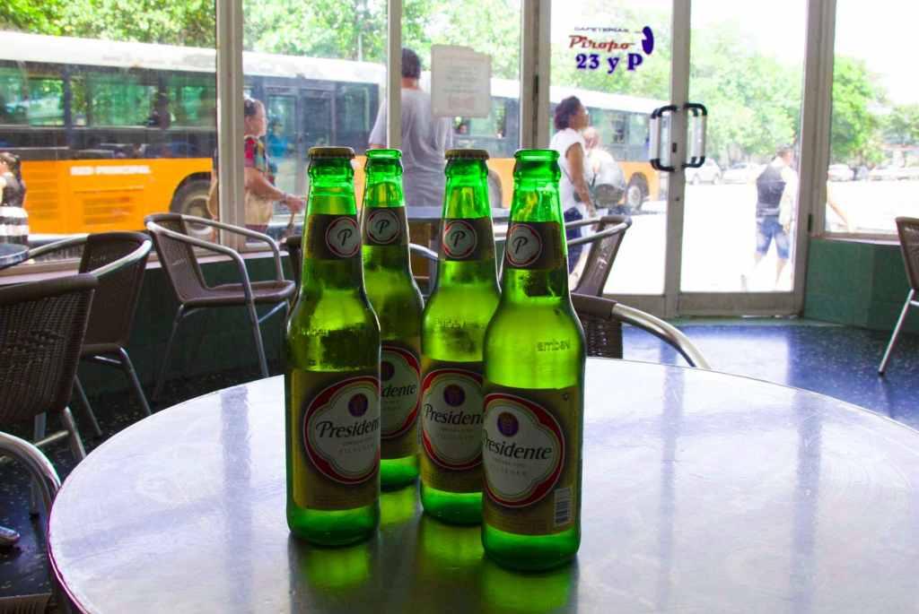 Пиво марки Presidente