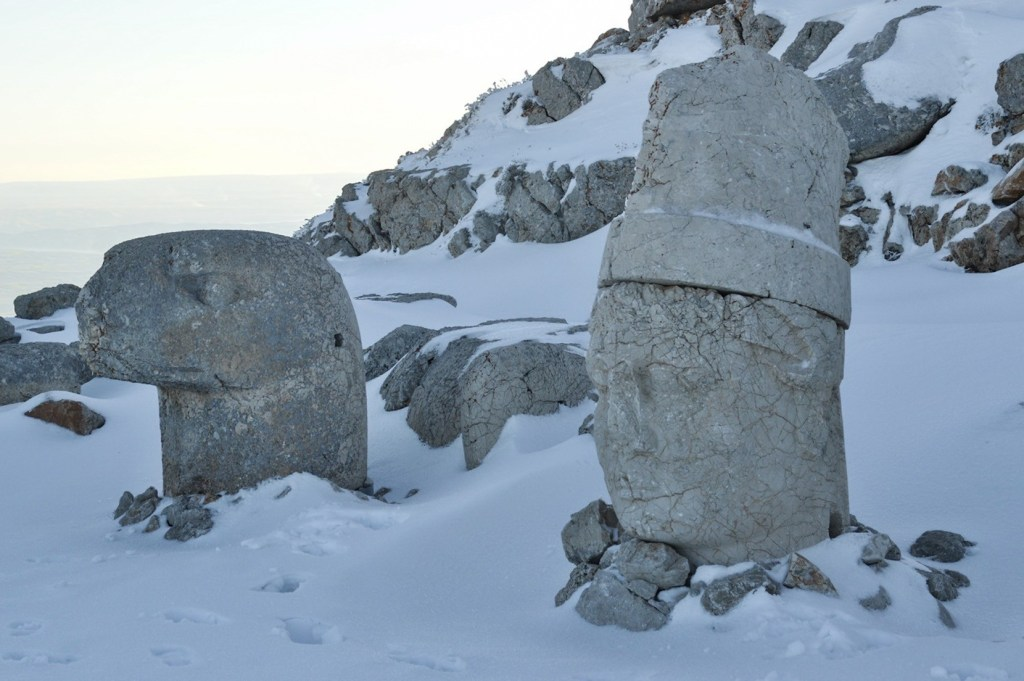 Памятник Антиоху Первому - Немрут