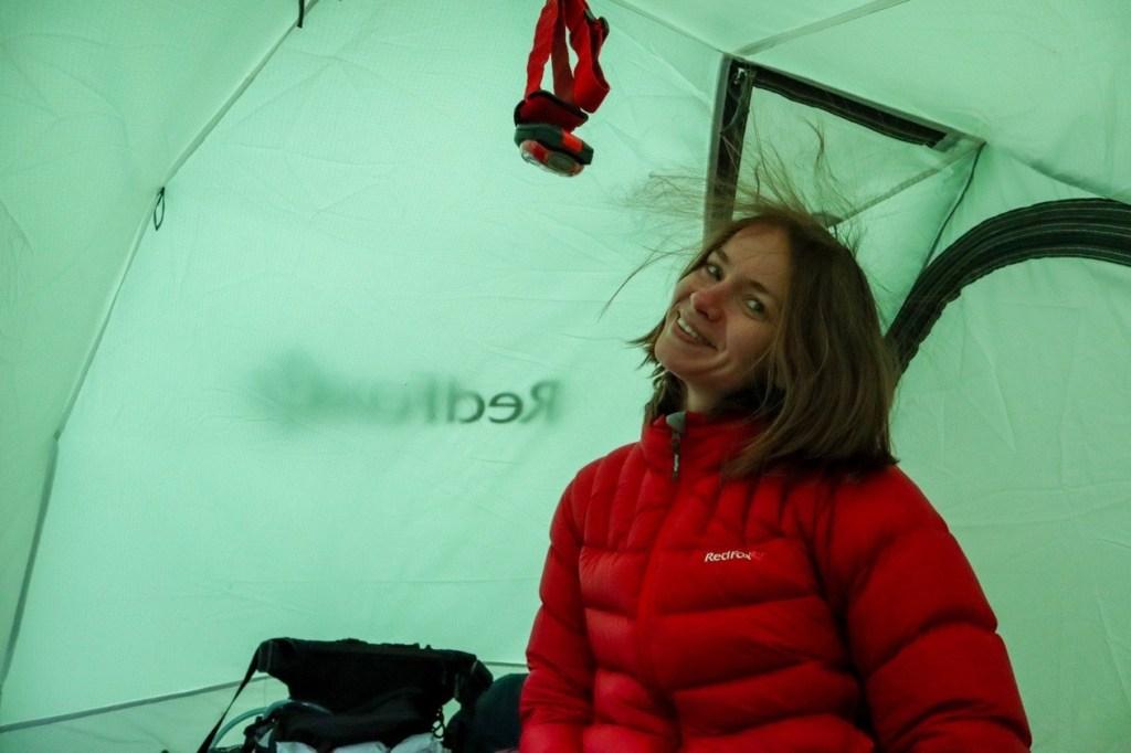 волосы электризуются в палатке