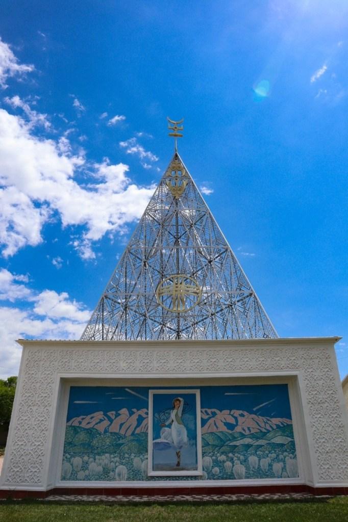 регилия тенгри — храм в Рух Ордо