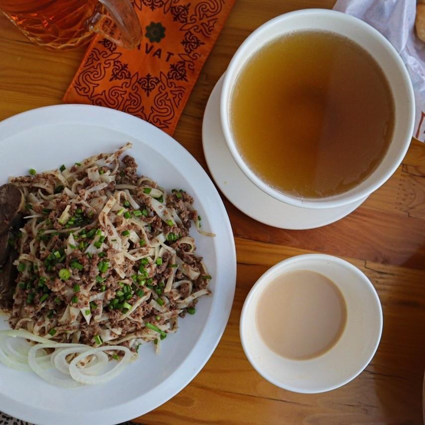 Бешбармак — киргизская кухня