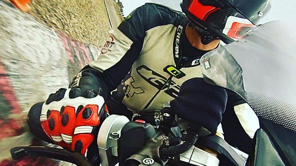 Motocicleta en circuito