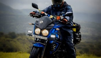 MotoTech Hurricane Rain Overjacket 2.0 review