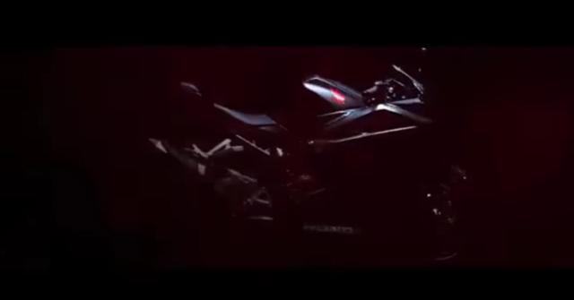 teaser-Honda-CBR250RR-002