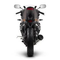 2014-Yamaha-YZF-R125-EU-Matt-Grey-Studio-004(1)