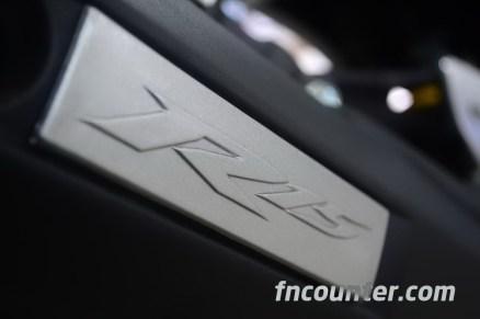 Yamaha YZF-R15, Muffler
