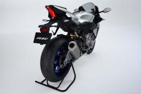 2015-Yamaha R1M_7