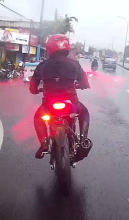test-ride-xabre-150-3