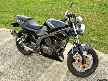 Yamaha FZ150N Breeze V-Twin Silinder
