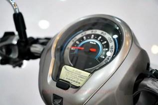 All-new-Honda-Scoopy-Panel-Meter-MotomaxoneBlog