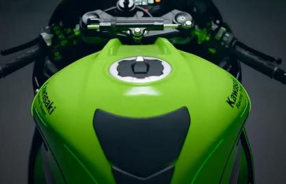 kawasakizx10r 2021 motomaxonecom tank