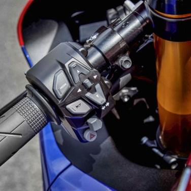 2020-Honda-CBR1000RR-R-SP-19