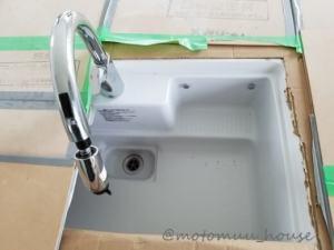 上棟50日目キッチンのタッチレス水栓