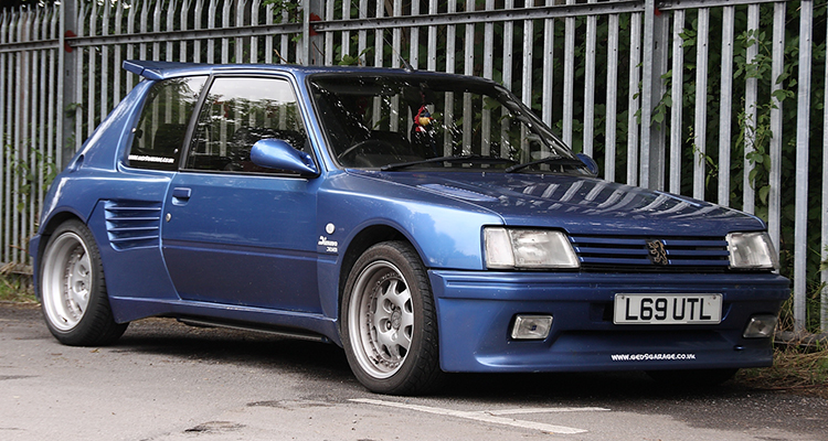 Peugeot 205 GTi with Dimma body kit 4