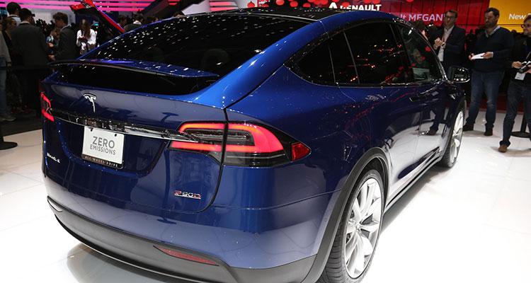 Mercedes EQC Better Than Tesla's Model X 1