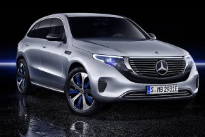 Mercedes Benz EQC side view
