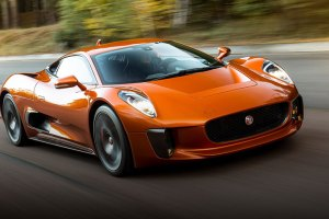 Jaguar C-X75 feature