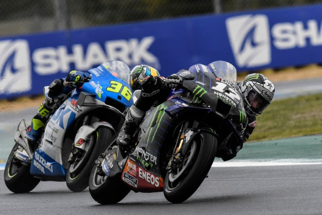 Maverick Viñales y Joan Mir en el Gran Premio de Francia de MotoGP en Le Mans