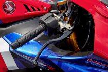 2021-cbr1000rr-r-fireblade-gallery-09-2400xauto