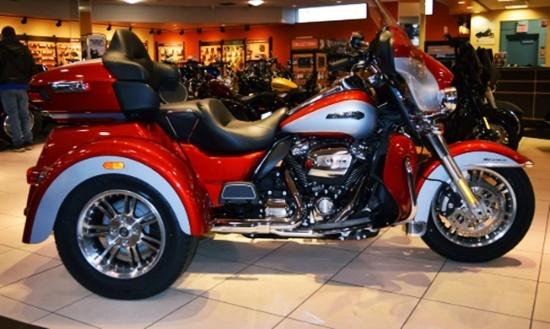 2020 Harley Davidson Tri Glide Review
