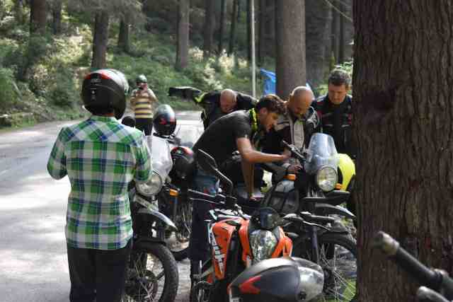 bike tour starting point of sach pass people is studying of bike