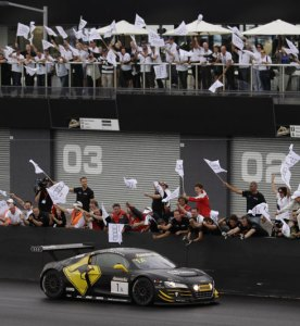 Audi R8 LMS Defends Title at Bathurst in LeMans Series
