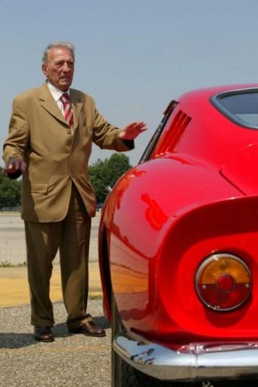 Famed-Ferrari-Designer-Sergio-Scaglietti-250-GTO-600x9021.jpg