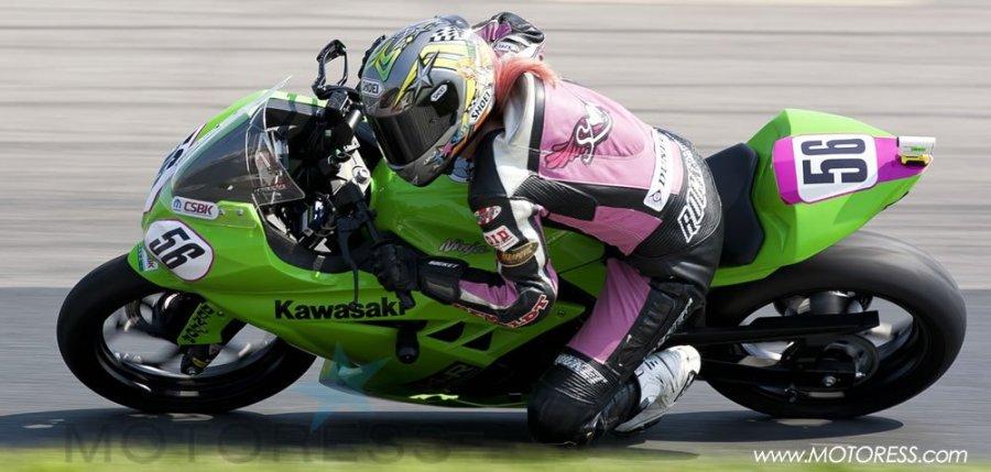 A Kawasaki Ninja 300 and Finding Amy - Your Story on MOTORESS