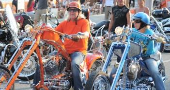 Waarom Harley rijders niet terug groeten