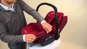 Maxi Cosi baby car seat footmuff