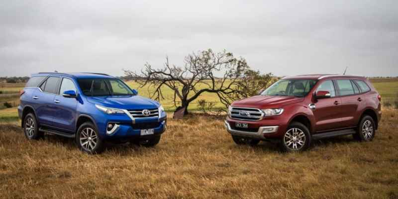 2016-toyota-fortuner-with-the-2016-ford-endeavour-front-suv