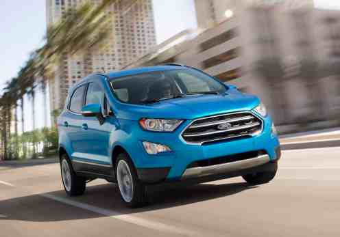 2017-ford-ecosport-driving-front