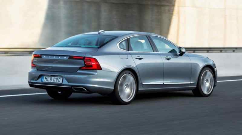 volvo-s90-rear-quarter