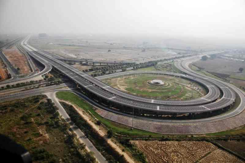 noida-agra-yamuna-expressway