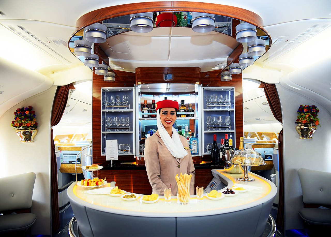 emirates-a380-lounge