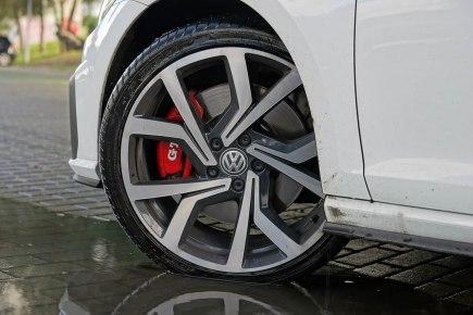 VW Golf GTI_06
