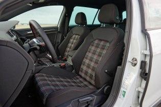 VW Golf GTI_12