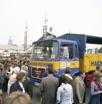 Oktoberfest 1976, MAN Lkw Typ 16.256 der Hacker-Pschorr Brauerei München