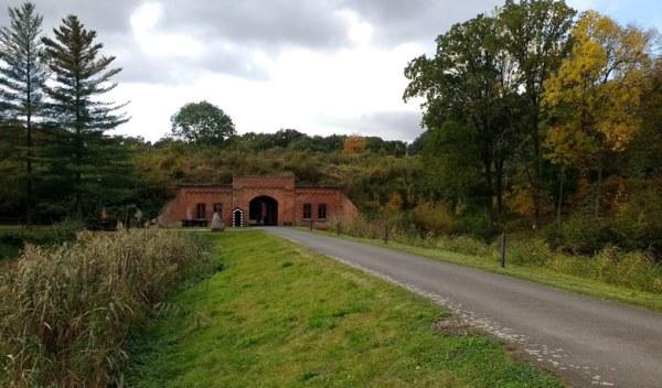 Eingangstor von Fort Gorgast im Küstriner Vorland in Brandenburg
