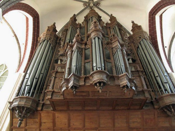 Prospekt der Scherer Orgel in der Stephanskirche in Tangermünde