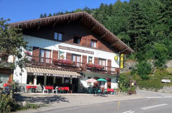 Hotel in Séez in den französischen Westalpen als Ausgangspunkt für Motorradtouren mit viel Lust auf Alpenpässe in Savoyen