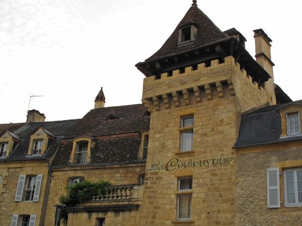 Turmzimmer im Hotel in Sarlat-la-Canéda in Südwestfrankreich