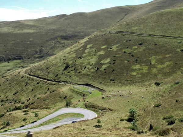 Serpentine Col de Peyresourde in den französischen Pyrenäen, befahren auf einer Motorradtour Südwestfrankreich Teil 2