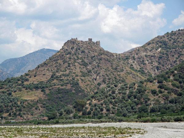Berge in Kalabrien bei einer Motorradtour nach Süditalien