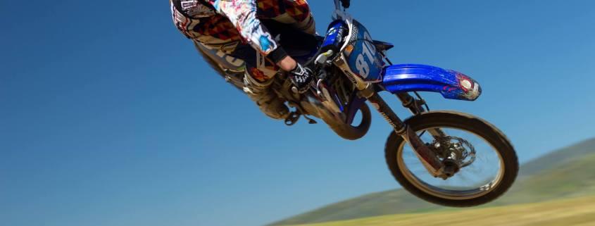 Motorradfahren und Motorradbekleidung