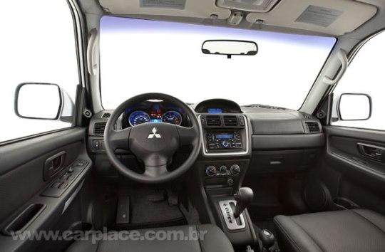 Nova Mitsubishi Pajero TR4 2010
