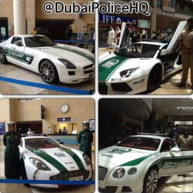 Carros de Polícia - Dubai
