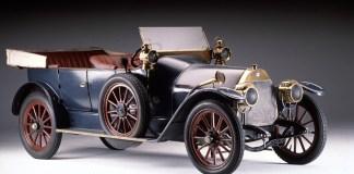 FCA Heritage au Salon Rétromobile 2020