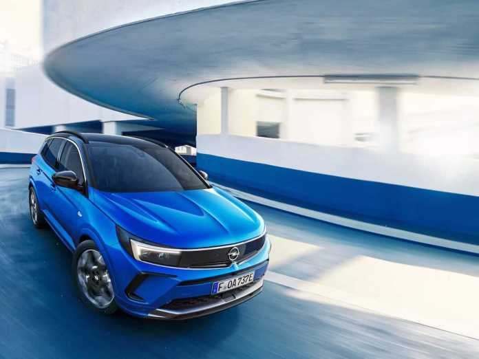 Opel Grandland Hybrid 2022